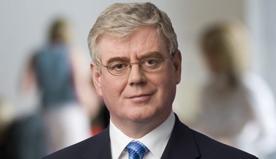 Eamon Gilmore Irlanda