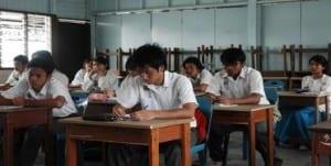 Malasia escuelas homofobia
