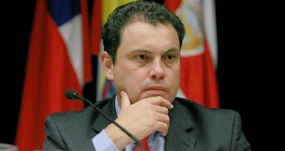 Carlos Benavides Costa Rica