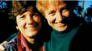 Linda Campbell (izq.) y su fallecida esposa Nancy Lynchild