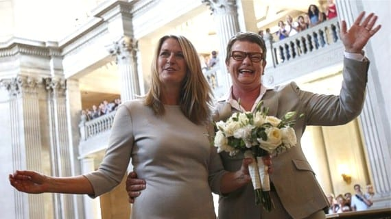 Sandra Stier (izquierda) y Kristin Perry, celebrando su boda en San Francisco