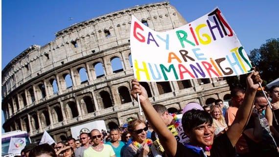 HRW Italia gay homofobia