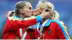 Firova Ryzhova beso