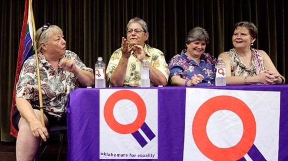 Gay Phillips (izq.) y Sue Barton, junto a la pareja de Sharon Baldwin y Mary Bishop