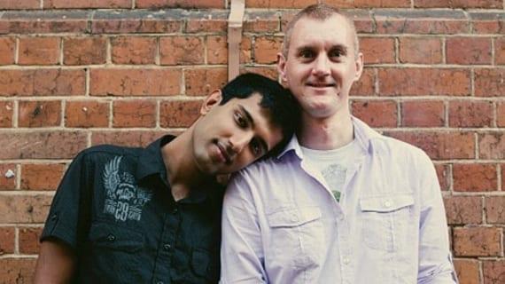 Ali Choudhry (izq) y su pareja Matthew Hynd