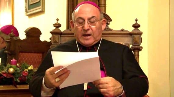 López Llorente obispo homofobia