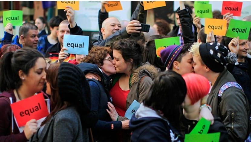Irlanda del Norte LGBT consulta