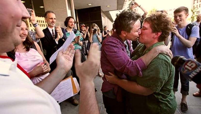 Wisconsin matrimonio gay Crabb