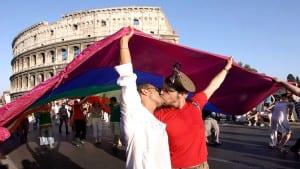 Italia derechos LGBT Berlusconi