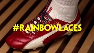 Arsenal Rainbow Laces septiembre