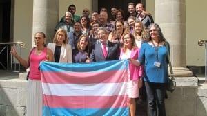 Canarias parlamento transexuales ley